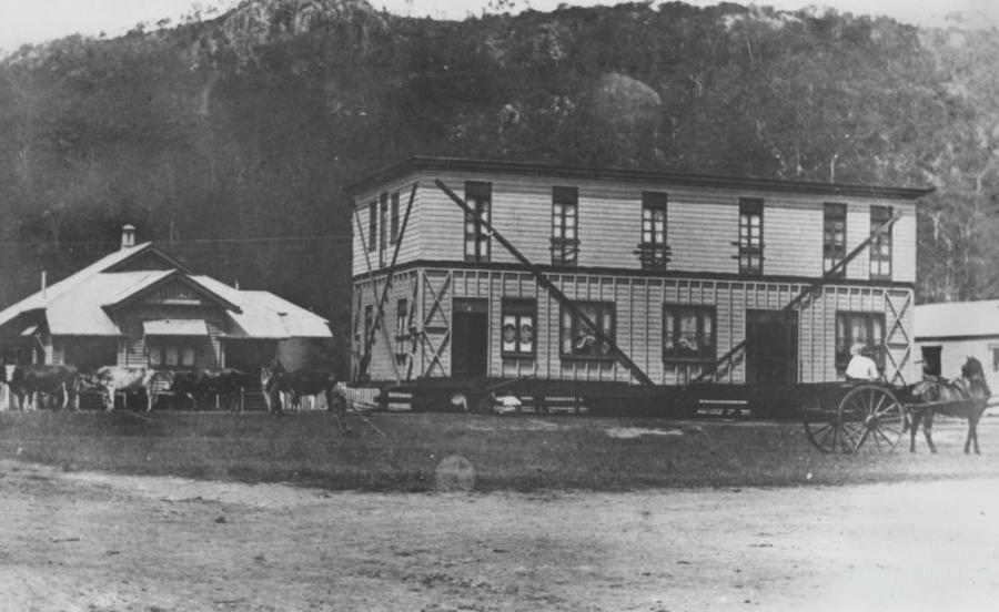 Moving The Pub At Esk C1906 Queensland Historical Atlas