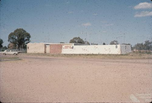Olympic pool with 'nougat wall' Emerald, 1966