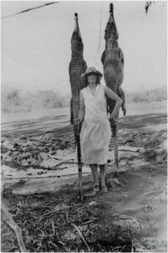Dulcie Campbell, crocodile hunter, North Queensland, c1950