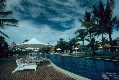 Resort, Yeppoon, 1996
