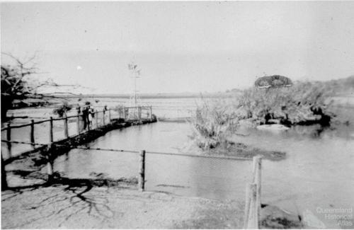 Crocodile enclosure at Mount St John Zoo, 1940s