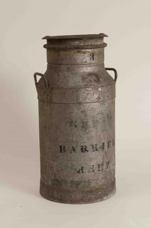 Barrier Reef milk urn