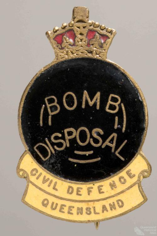 Civil Defence badge, Bomb Disposal