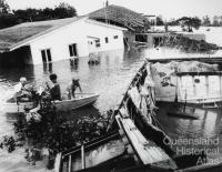 Submerged home at Yeronga, 1974