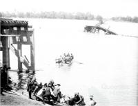 Crossing the Burdekin by boat, 1927